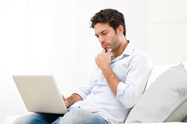 séduire en ligne avec un premier message efficace